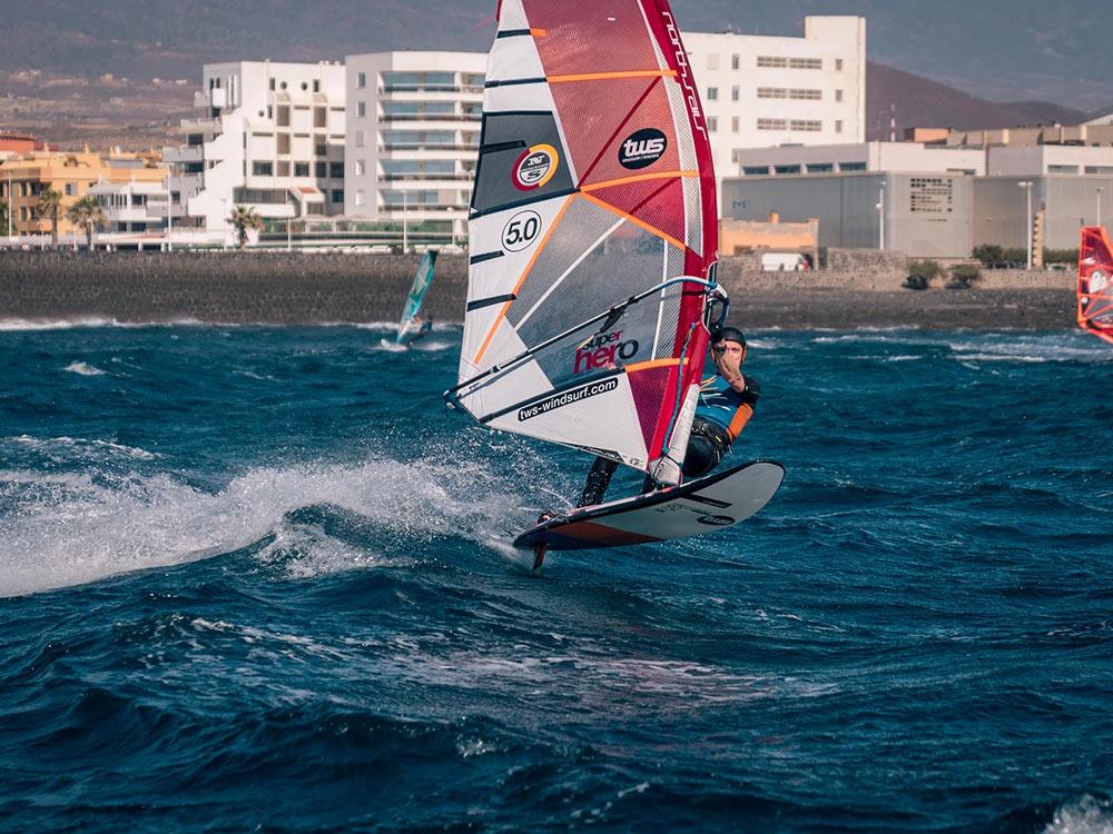 Windsurf-clinic-tenerife-Nicolas-Warenbourg-03