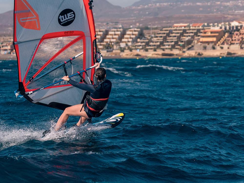 Windsurf-clinic-tenerife-Nicolas-Warenbourg-07